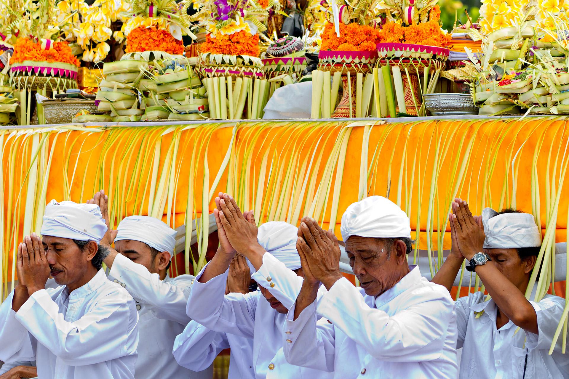 Melasti Bali ceremony